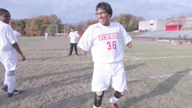 Quadruple amputee Jorge Dyksen is now starting for high school soccer team
