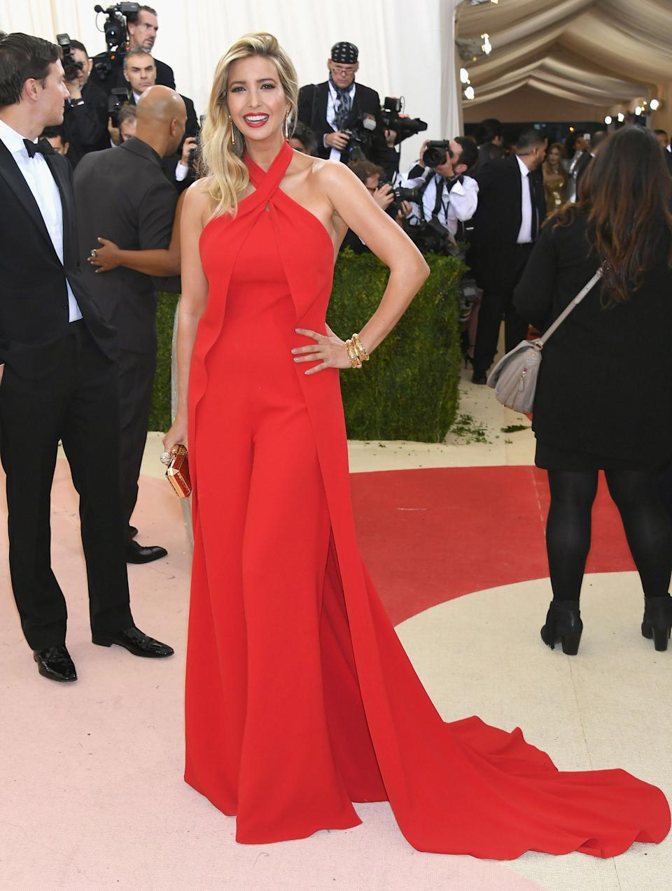 """<h1 class=""""title"""">Ivanka Trump in a Ralph Lauren Collection dress and Ivanka Trump jewelry and bag</h1><cite class=""""credit"""">Photo: Getty Images</cite>"""