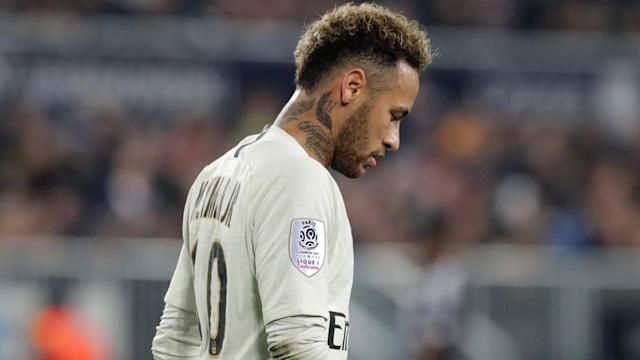 Neymar suffered a fresh injury blow and Paris Saint-Germain team-mate Thiago Silva is hopeful the setback is not major.