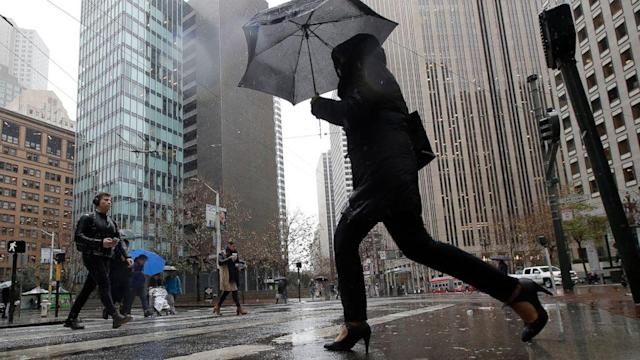 Heavy rain causing concerns in West, wintry threat to eastern US at end of week (ABC News)