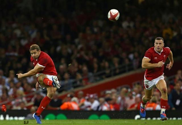 """Leigh Halfpenny admitted his legs were """"killing"""" him prior to kicking the penalty that sealed Wales's win over England (AFP Photo/GEOFF CADDICK)"""