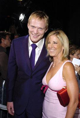"""Premiere: <a href=""""/movie/contributor/1804462348"""">Paul Bettany</a> and <a href=""""/movie/contributor/1800153655"""">Chris Evert</a> at the Beverly Hills premiere of Universal Pictures' <a href=""""/movie/1808471030/info"""">Wimbledon</a> - 9/13/2004<br>Photo: <a href=""""http://www.wireimage.com/"""">Lester Cohen, WireImage.com</a>"""