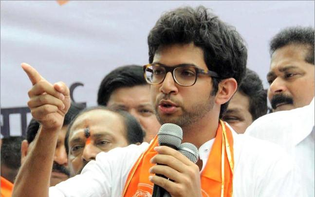 <p>The Shiv Sena scion revives the threat on a day the party secured majority in Thane Zilla Parishad.</p>