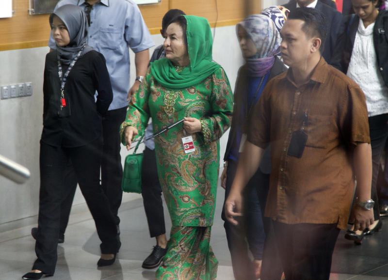 Wife of Malaysia's ex-PM grilled for 13 hours in 1MDB case