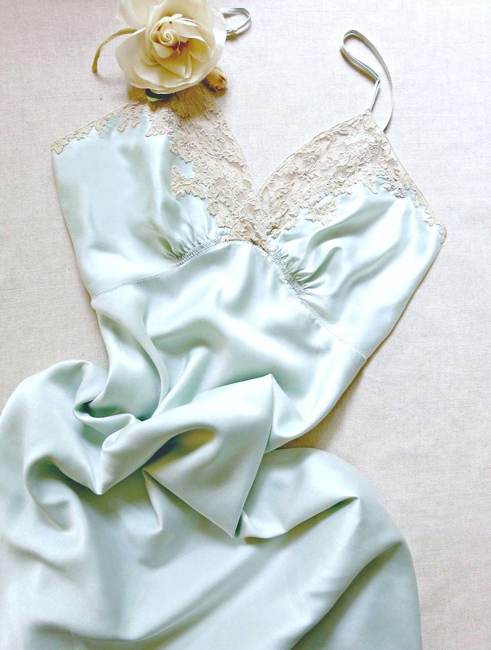 """<p><strong>Where:</strong> NYC</p><p><strong>MO: </strong>Founded by Mary Braeunig, a former fashion editor at <em>Vanity Fair </em>and <em>Harper's BAZAAR</em><em>,</em> this Etsy shopped is filled with exquisite silk-and-lace lingerie and dresses from the '30s and '40s.</p><p><a class=""""link rapid-noclick-resp"""" href=""""https://go.redirectingat.com?id=74968X1596630&url=https%3A%2F%2Fwww.etsy.com%2Fshop%2FVanitiesFair&sref=https%3A%2F%2Fwww.harpersbazaar.com%2Ffashion%2Ftrends%2Fg33457565%2Fbest-etsy-vintage-shops%2F"""" rel=""""nofollow noopener"""" target=""""_blank"""" data-ylk=""""slk:Shop Now"""">Shop Now</a></p>"""