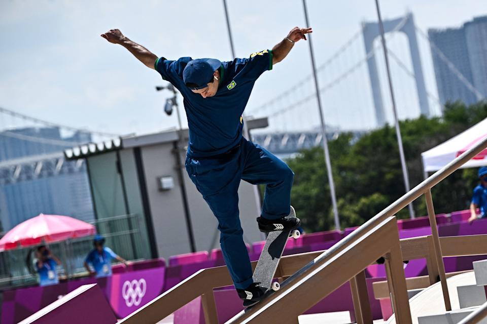 Brazil's Kelvin Hoefler competes in the men's street final during the Tokyo 2020 Olympic Games at Ariake Sports Park Skateboarding in Tokyo on July 25, 2021. (Photo by Jeff PACHOUD / AFP) (Photo by JEFF PACHOUD/AFP via Getty Images)
