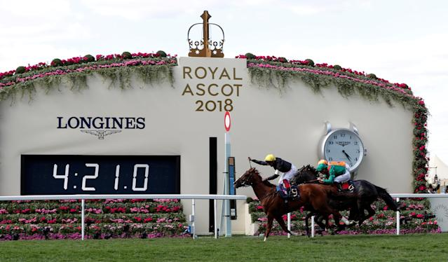 Horse Racing - Royal Ascot - Ascot Racecourse, Ascot, Britain - June 21, 2018 Stradivarius ridden by Frankie Dettori wins the 4.20 Gold Cup Action Images via Reuters/Paul Childs TPX IMAGES OF THE DAY