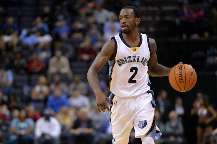 Russ Smith is piling up points in China at a crazy pace. (AP)
