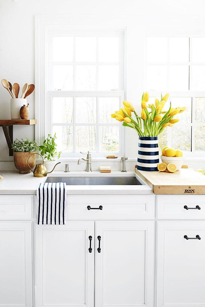 <p>Got kitchen stink you just can't kick? Try running a couple of lemon rind slivers through your garbage disposal and follow with cold water to get rid of any unwanted odors. </p>