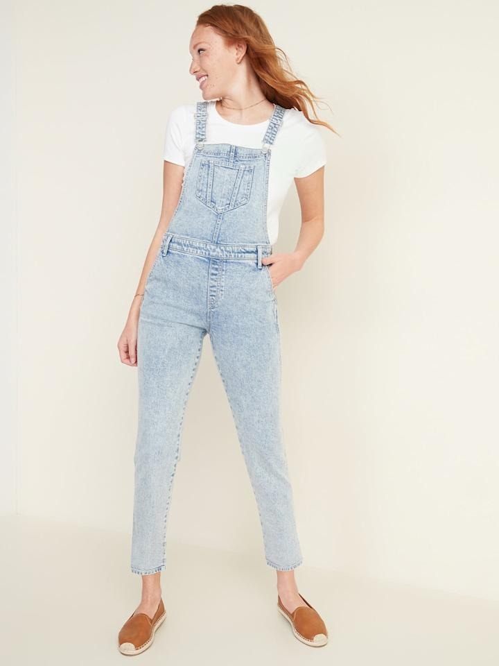 """<p>We are obsessed with these vintage-inspired <a href=""""https://www.popsugar.com/buy/Stonewashed-Jean-Overalls-555473?p_name=Stonewashed%20Jean%20Overalls&retailer=oldnavy.gap.com&pid=555473&price=40&evar1=fab%3Aus&evar9=47296186&evar98=https%3A%2F%2Fwww.popsugar.com%2Fphoto-gallery%2F47296186%2Fimage%2F47296187%2FOld-Navy-Stonewashed-Jean-Overalls&list1=shopping%2Cold%20navy&prop13=api&pdata=1"""" rel=""""nofollow"""" data-shoppable-link=""""1"""" target=""""_blank"""" class=""""ga-track"""" data-ga-category=""""Related"""" data-ga-label=""""https://oldnavy.gap.com/browse/product.do?pid=552762002#pdp-page-content"""" data-ga-action=""""In-Line Links"""">Stonewashed Jean Overalls</a> ($40, originally $50).</p>"""