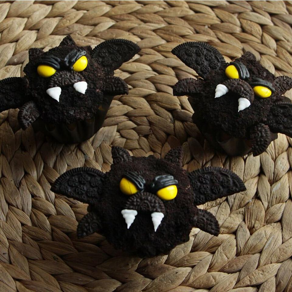 "<p>Learn how to make scary-good bat cupcakes using chocolate cookie pieces and frosting.</p> <p><a href=""https://www.myrecipes.com/how-to/video/bat-cupcakes"">How to Make Bat Cupcakes Video</a></p>"