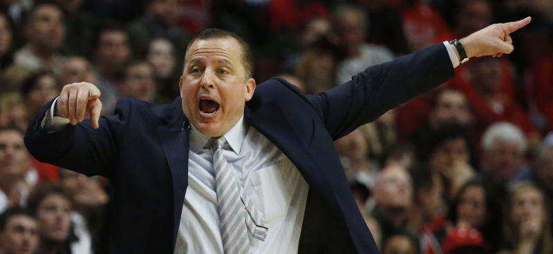 Chicago Bulls head coach Tom Thibodeau calls a play against the Miami Heat during the second half of Game 3 of an NBA basketball playoffs Eastern Conference semifinal on Friday, May 10, 2013, in Chicago. The heat won 104-94. (AP Photo/Charles Rex Arbogast)