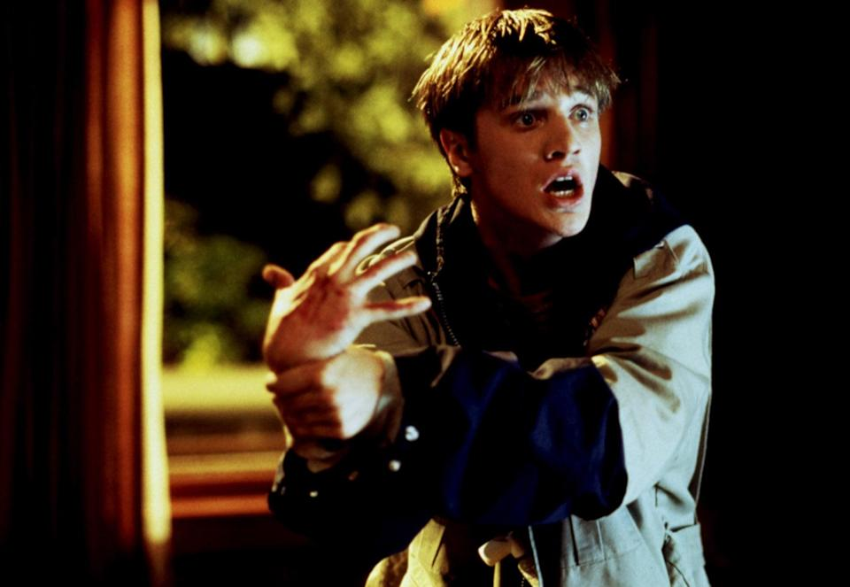 """<p><strong>Idle Hands</strong> is definitely not a film to watch with the kiddies, but if you're jonesing for a little guilty pleasure with your <a class=""""link rapid-noclick-resp"""" href=""""https://www.popsugar.com/Halloween"""" rel=""""nofollow noopener"""" target=""""_blank"""" data-ylk=""""slk:Halloween"""">Halloween</a> films, then this one is perfect. Devon Sawa stars as a high school kid whose laziness turns deadly when his hand is possessed. It's got a few gross-out moments, but it's worth it for the cheesy laughs. </p> <p><a href=""""https://pluto.tv/en/on-demand/movies/idle-hands-1-1-ptv2"""" class=""""link rapid-noclick-resp"""" rel=""""nofollow noopener"""" target=""""_blank"""" data-ylk=""""slk:Watch Idle Hands on Pluto TV here!"""">Watch <strong>Idle Hands</strong> on Pluto TV here!</a></p>"""