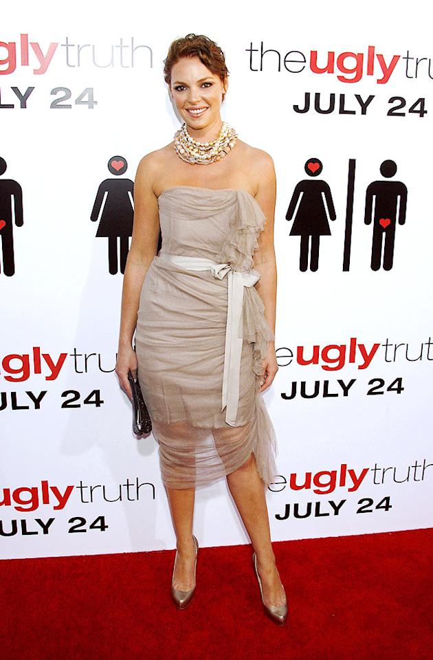 "Katherine Heigl was the opposite of ugly at the premiere of her new rom-com, ""The Ugly Truth,"" in a strapless tulle Lanvin frock, chunky David Yurman pearl necklace, and matching metallic heels. Jeffrey Mayer/<a href=""http://www.wireimage.com"" target=""new"">WireImage.com</a> - July 16, 2009"