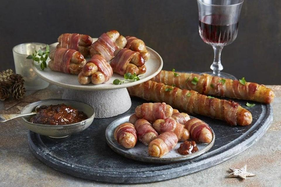 Aldi's foot long pig in blanket comes in packs of two for just £2.99 (Aldi)