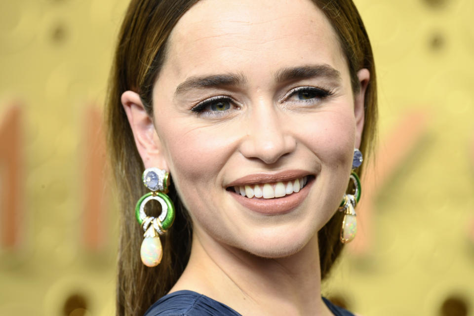 Emilia Clarke's stunning statement earrings are, dare we say, Dracarys. (Photo: Getty Images)