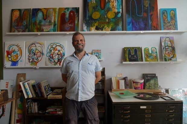 Monastiraki opened on St-Laurent Boulevard in 1998. Owner Billy Mavreas says he may open a small studio one day to continue his passion for painting. (Charles Contant/CBC - image credit)