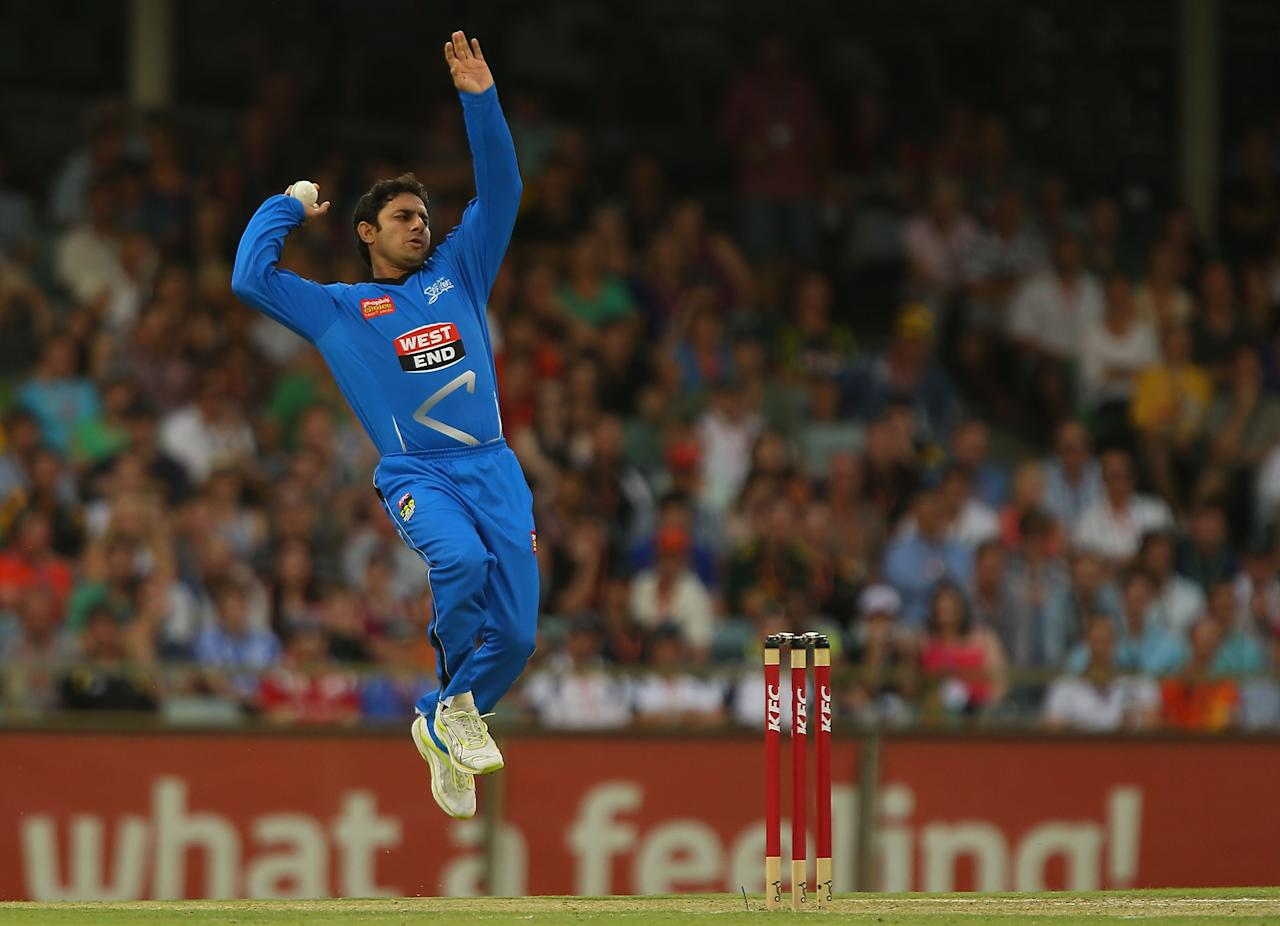 PERTH, AUSTRALIA - DECEMBER 09:  Saeed Ajmal of the Strikers bowls during the Big Bash League match between the Perth Scorchers and Adelaide Strikers at WACA on December 9, 2012 in Perth, Australia.  (Photo by Paul Kane/Getty Images)