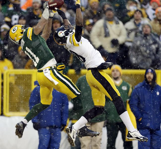 Pittsburgh Steelers' Cortez Allen breaks up a pass intended for Green Bay Packers' Jarrett Boykin (11) during the first half of an NFL football game Sunday, Dec. 22, 2013, in Green Bay, Wis. (AP Photo/Jeffrey Phelps)