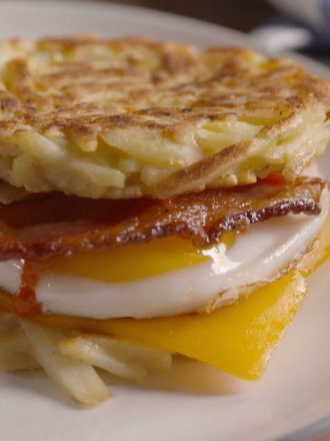 <p>Make your standard bacon, egg and cheese even more bomb.</p><p>Get the recipe from <span>Delish</span>.</p>