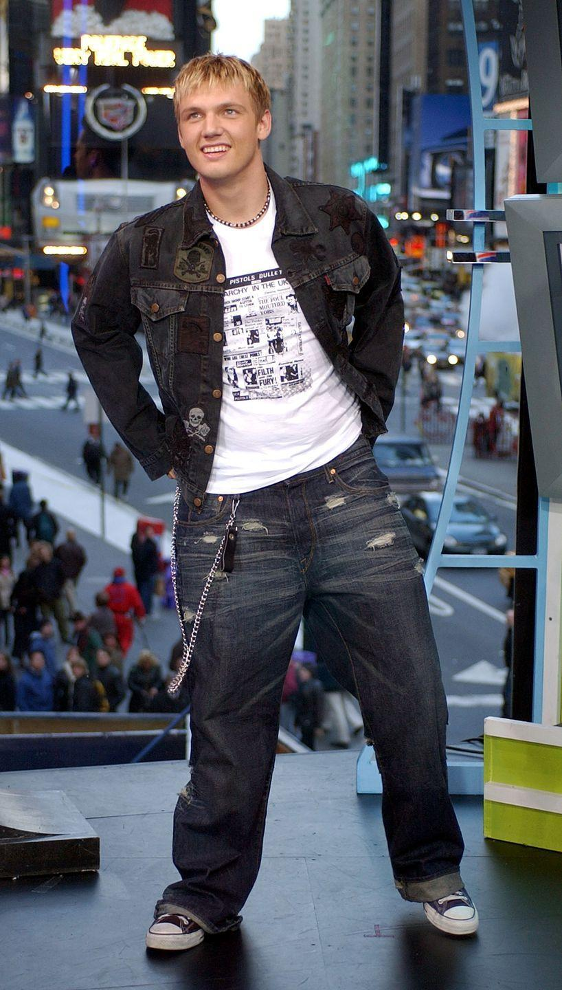 <p>Remember when wallet chains were a thing? Nick Carter sure does. </p>