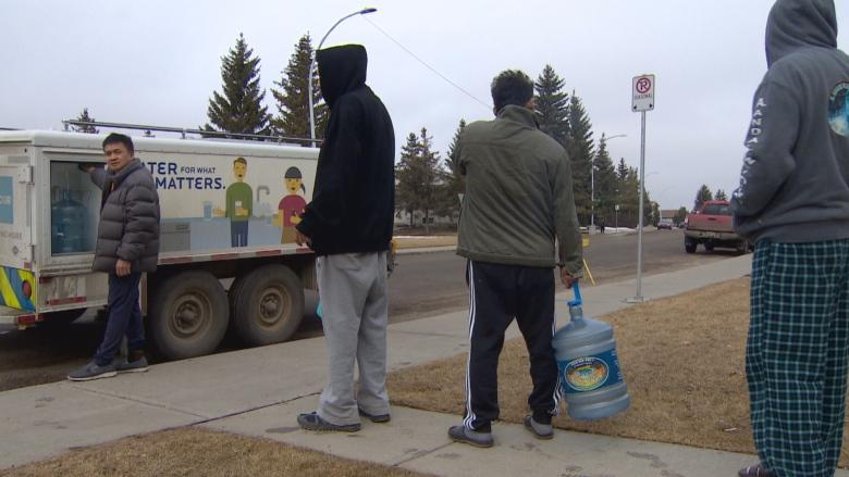 Broken water main leaves Edmonton condo dwellers without water for six days — and counting