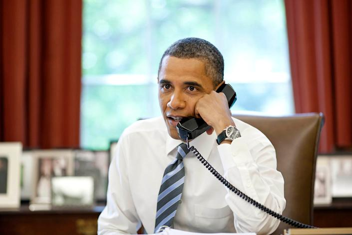 president barack obama calls international space station iss space shuttle atlantis sts 135 expedition 28 crew july 15 2011 capture flag commercial crew p071511ps 0331web