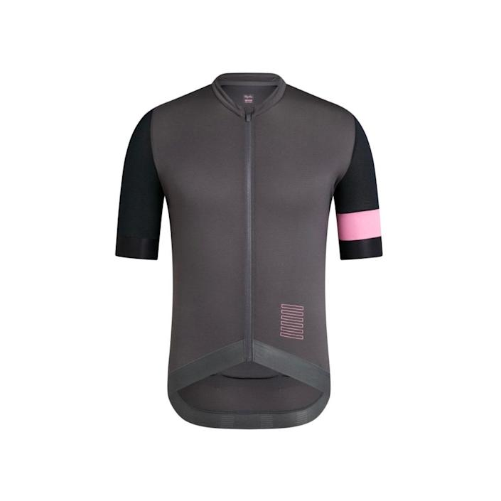 """Outfit Dad in one Rapha's sleek training jerseys. It's made of a lightweight, sweat-wicking material, and the three-pocket design in the back lets him stash all kinds of snacks and riding tools. $115, Rapha. <a href=""""https://www.rapha.cc/us/en_US/shop/mens-pro-team-training-jersey/product/PTT02SSPAMMED?"""" rel=""""nofollow noopener"""" target=""""_blank"""" data-ylk=""""slk:Get it now!"""" class=""""link rapid-noclick-resp"""">Get it now!</a>"""