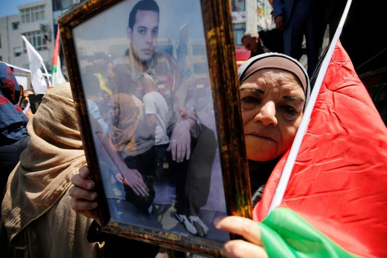Palestinian prisoners' hunger strike leader sent to solitary