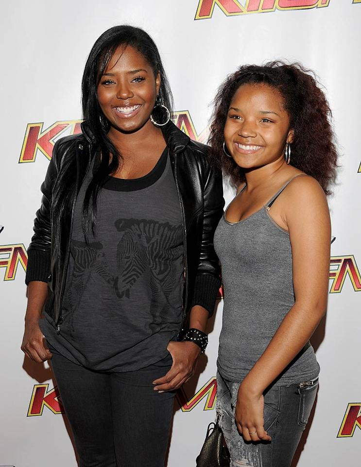 "Shar Jackson and her cute 14-year-old daughter Cassie looked like sisters! Mark Sullivan/<a href=""http://www.wireimage.com"" target=""new"">WireImage.com</a> - May 15, 2010"