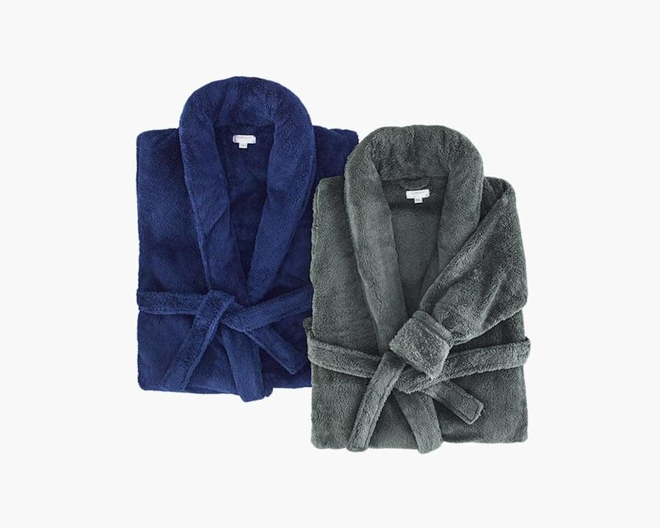 """<p>""""If you're a fan of weighted blankets, then you'll want to invest in the <span>Modernist X Gravity Weighted Robe</span> ($130). I tested it out, and you can read <a href=""""https://www.popsugar.com/fitness/modernist-x-gravity-weighted-bathrobe-review-47790653"""" class=""""link rapid-noclick-resp"""" rel=""""nofollow noopener"""" target=""""_blank"""" data-ylk=""""slk:my full review here"""">my full review here</a>. Spoiler alert: I love it, and I think it makes for the perfect gift, too."""" - KJ</p>"""