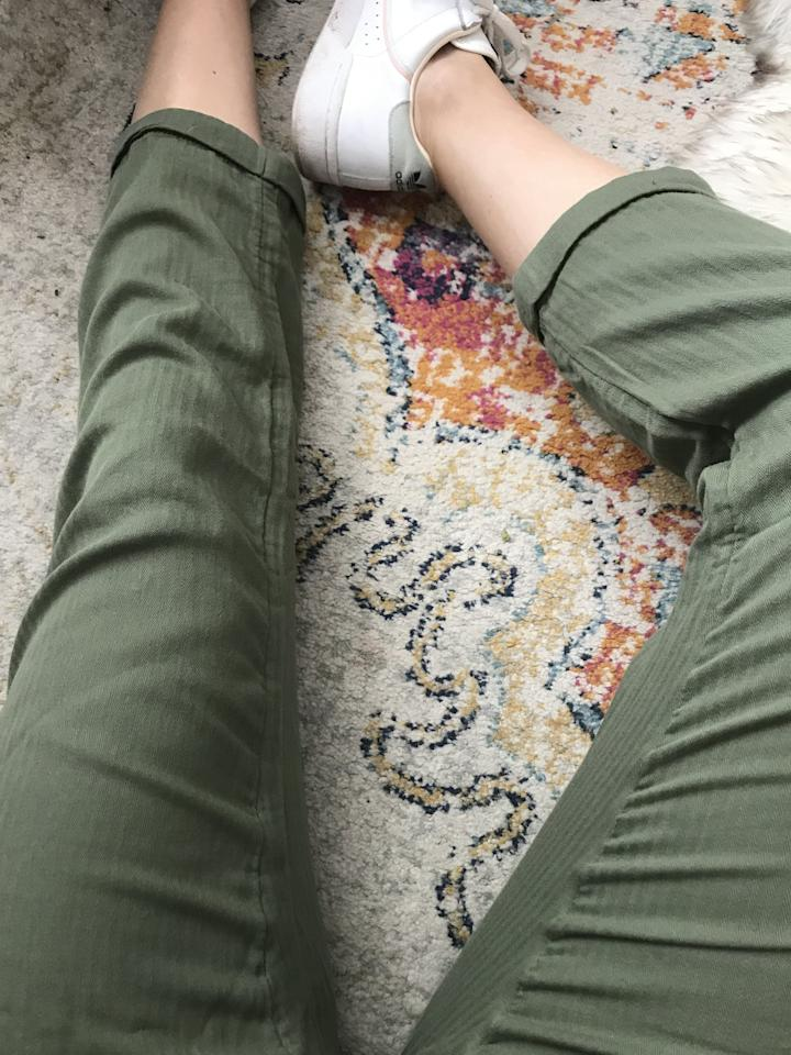 <p>Army green is one of my favorite Summer shades!</p>
