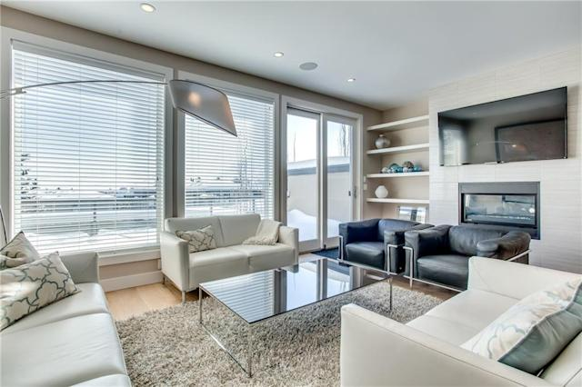 "<p><a href=""https://www.zoocasa.com/altadore-calgary-ab-real-estate/5081463-3916-17-st-sw-altadore-calgary-ab-t2t4p2-c4165364"" rel=""nofollow noopener"" target=""_blank"" data-ylk=""slk:3916 17 Street Southwest, Calgary, Alta."" class=""link rapid-noclick-resp"">3916 17 Street Southwest, Calgary, Alta.</a><br> Wide-plank hardwood floors are found throughout the home, as well as built-in display and storage.<br> (Photo: Zoocasa) </p>"