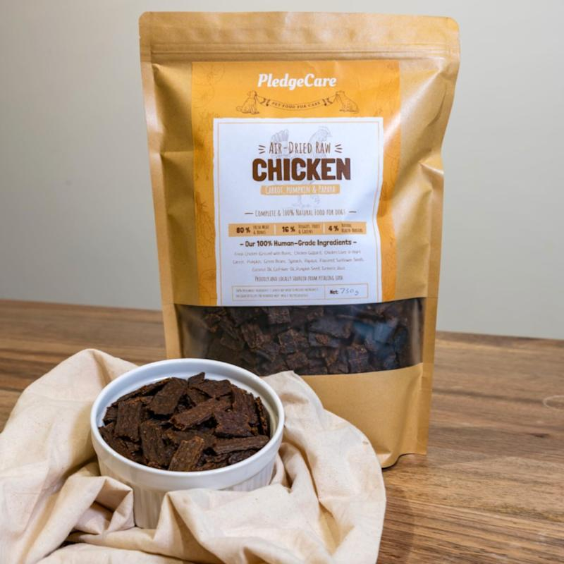 PledgeCare's Air-Dried Chicken dog food, which is made from 100 per cent human-grade ingredients. — Picture via Facebook/PledgeCare