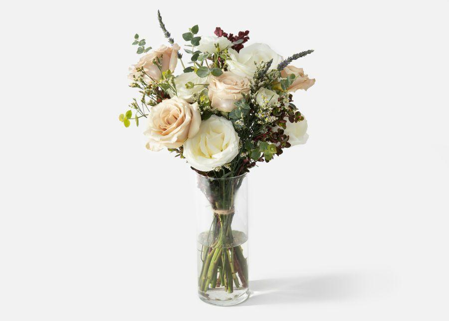 """<p>urbanstems.com</p><p><strong>$65.00</strong></p><p><a href=""""https://go.redirectingat.com?id=74968X1596630&url=https%3A%2F%2Furbanstems.com%2Fproducts%2Fflowers%2Fthe-manor%2FFLRL-B-00153.html&sref=https%3A%2F%2Fwww.townandcountrymag.com%2Fleisure%2Farts-and-culture%2Fg23837569%2Fthanksgiving-flower-arrangements-ideas%2F"""" rel=""""nofollow noopener"""" target=""""_blank"""" data-ylk=""""slk:Shop Now"""" class=""""link rapid-noclick-resp"""">Shop Now</a></p><p>A mix of fresh roses with lavender and eucalyptus is so romantic and goes with anything, whether you want to set the table with on-theme pumpkins or elegant dinnerware (or both!). </p>"""