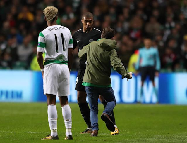 Kylian Mbappe is 'attacked' by a Celtic fan