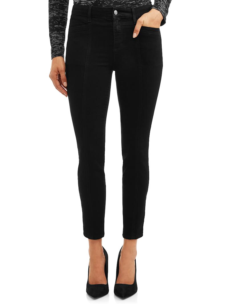 Consider this black pair of skinny jeans the Little Black Dress of denim. (Photo: Walmart)