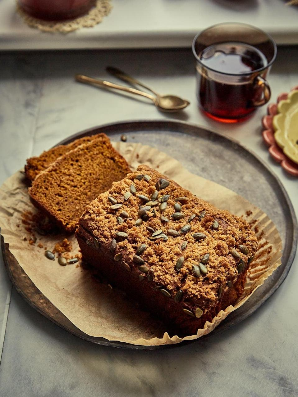 """<p>Made with pumpkin puree, light olive oil, and spices, this vegan bread is seriously good. Enjoy it for breakfast with a cup of coffee, for lunch with a spread of butter, or after dinner with a warm cup of cider.</p> <p><strong>Get the recipe</strong>: <a href=""""https://topwithcinnamon.com/sourdough-pumpkin-bread-vegan/?utm_source=feedburner&utm_medium=feed&utm_campaign=Feed%3A+TopWithCinnamon+%28Top+with+cinnamon%29"""" class=""""link rapid-noclick-resp"""" rel=""""nofollow noopener"""" target=""""_blank"""" data-ylk=""""slk:vegan sourdough pumpkin bread"""">vegan sourdough pumpkin bread</a></p>"""