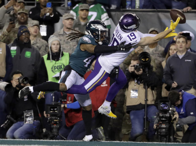<p>Philadelphia Eagles' Ronald Darby breaks up a pass intended for Minnesota Vikings' Adam Thielen during the second half of the NFL football NFC championship game Sunday, Jan. 21, 2018, in Philadelphia. (AP Photo/Matt Slocum) </p>