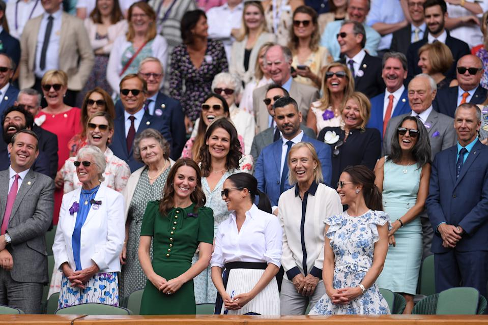 LONDON, ENGLAND - JULY 13: (L-R) Catherine, Duchess of Cambridge, Meghan, Duchess of Sussex and Pippa Middleton react in the Royal Box after the Ladies' Singles final against during Day twelve of The Championships - Wimbledon 2019 at All England Lawn Tennis and Croquet Club on July 13, 2019 in London, England. (Photo by Laurence Griffiths/Getty Images)