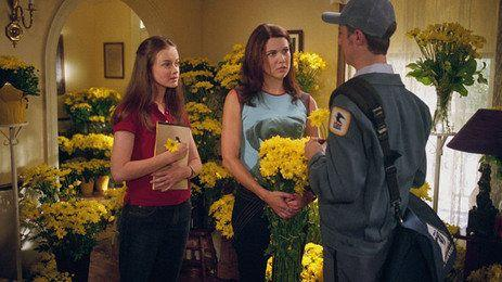 Netflix Is Reportedly Reviving 'Gilmore Girls'