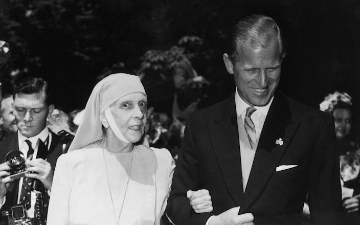 Prince Philip Of England And His Mother Princesse Alice Of Battenberg - Getty Images Contributor/Keystone-France