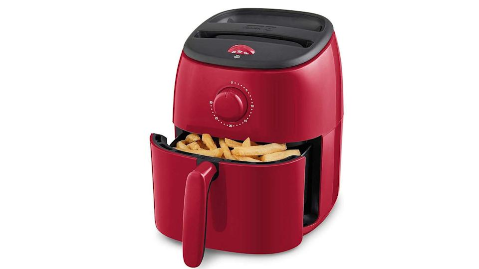 This air fryer is great for small apartments.