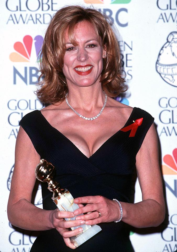 Christine Lahti was thrilled to win Best Actress in a TV Drama at the 1998 Golden Globes, but we had to wait a while to see her reaction. Lahti was in the restroom when her name was announced — the producers had used a photo of her when going over the nominees, as she wasn't at her table — and Robin Williams hopped onstage to fill some of the time before a very embarrassed and very happy winner made her way to the stage.