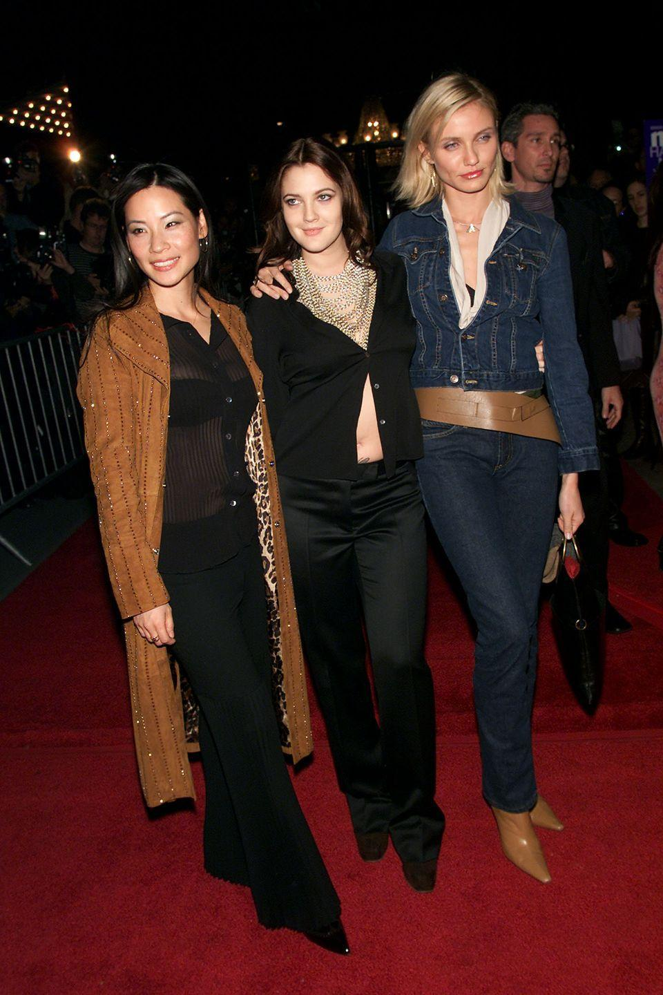 <p>Almost comically pointy boots (like Cameron Diaz's at a <em>Charlie's Angels</em> premiere) were really the cornerstone of shoe trends in the aughts, and no other accessory went better with them than an oversize belt in the same color.</p>