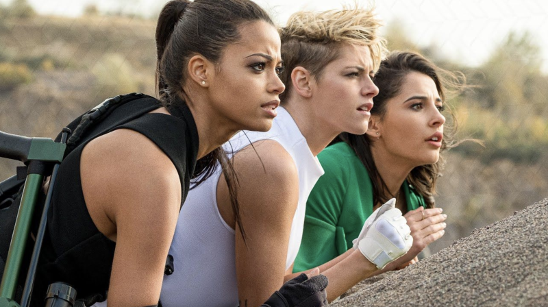Ella Balinska, Kristen Stewart, Naomi Scott look to the horizon in Charlie's Angels (credit: Sony Pictures)