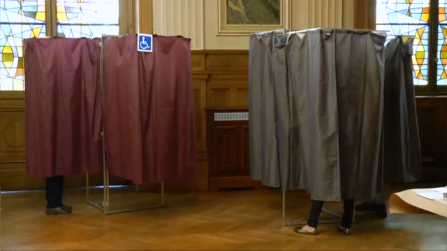 france-goes-to-the-presidential-polls-amid-high-security-and-fears-of-rioting