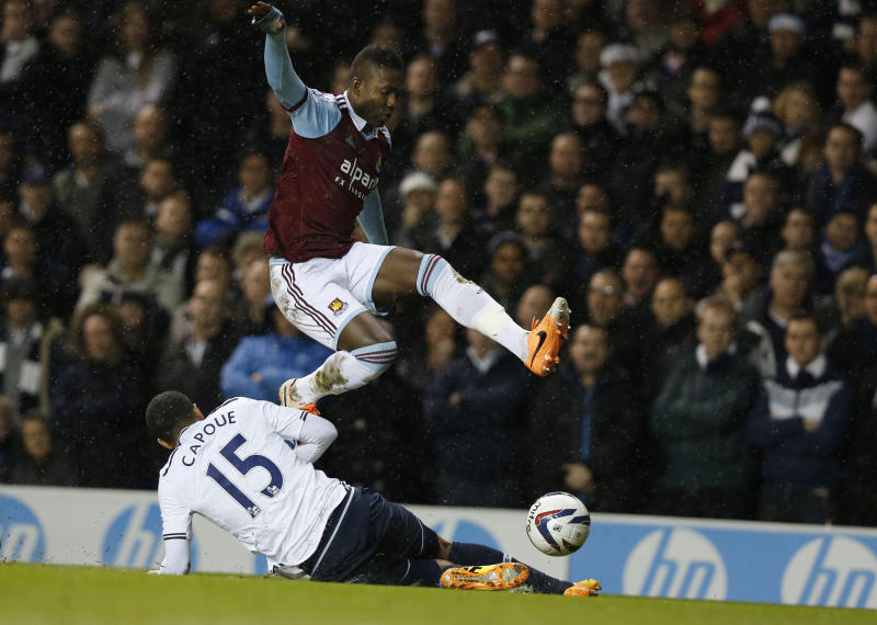 Man United, West Ham advance in English League Cup