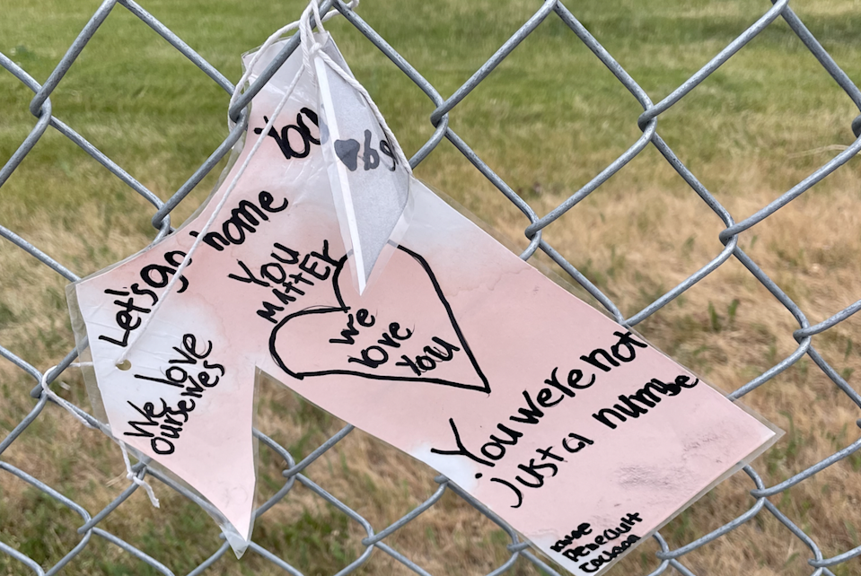 Notes left in memory of the children whose bodies were discovered buried in the area (Ashleigh Stewart)