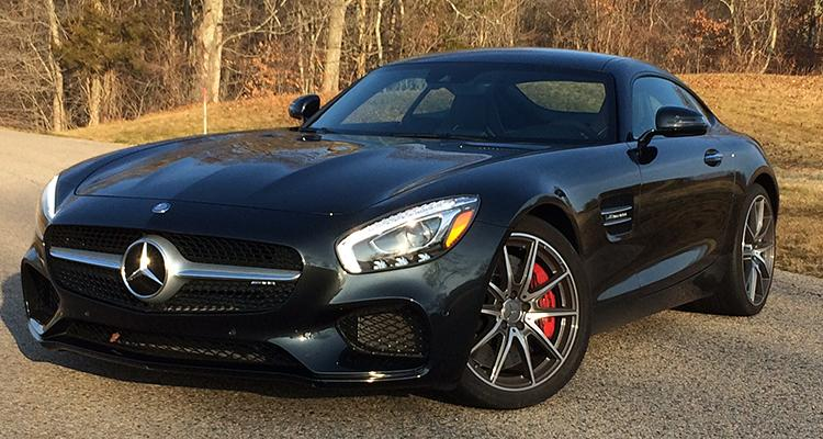 Debating two thrilling mercedes benz amg cars for Mercedes benz 2 seater cars